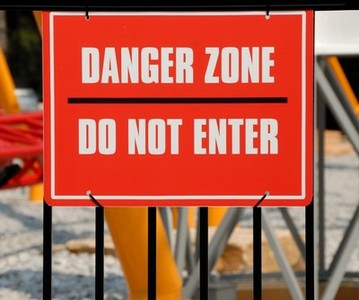 Danger zone 400x334